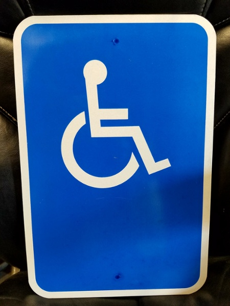 Wheel Chair Path of Travel Sign No Arrow.jpg