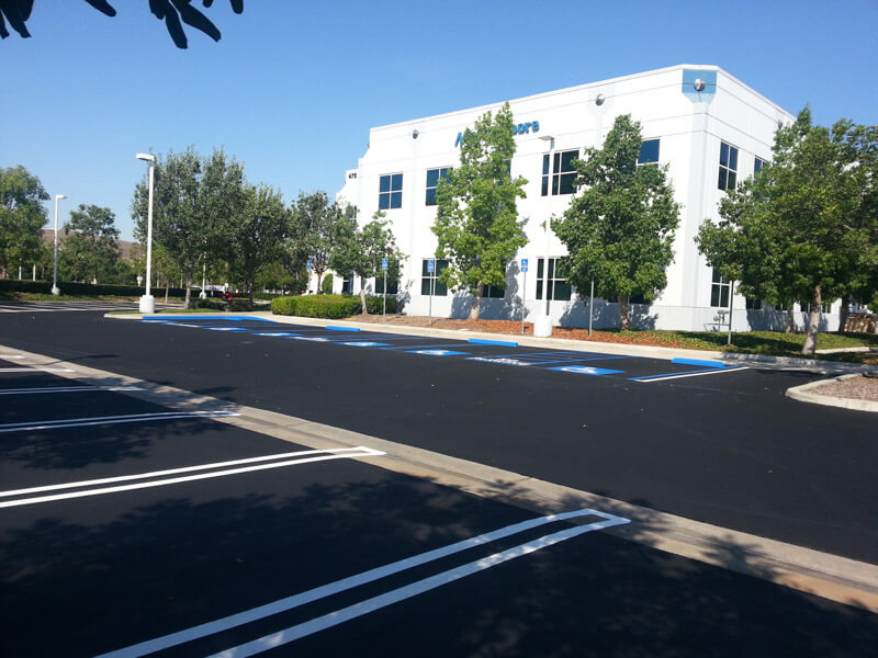 services-parking-lot-maintenance-asphalt-seal-coating-10.jpg