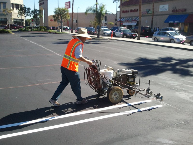 Parking Lot Maintenance Services