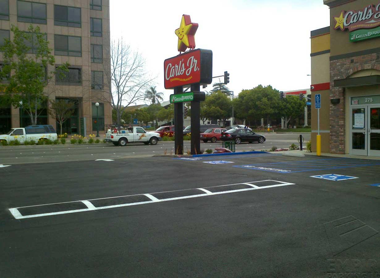 asphalt-repairs-anaheim-california-carls-jr-lot.jpg