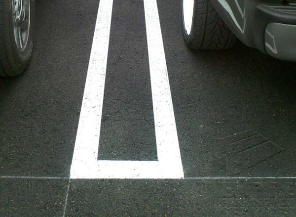 asphalt-repairs-anaheim-california-carls-jr-white.jpg