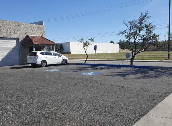 redlands-asphalt-repair-damaged-before.jpg