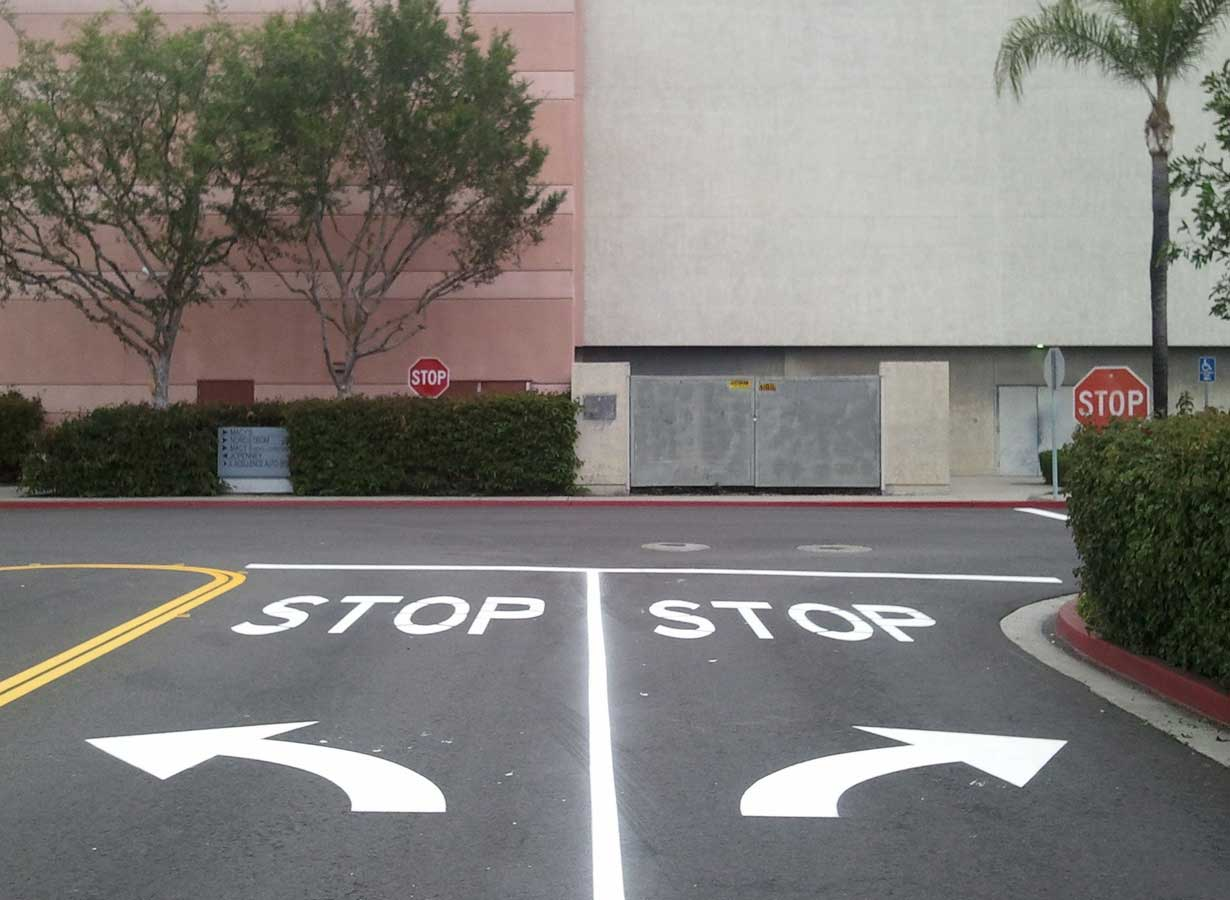 santa-anna-parking-lot-striping-roadway.jpg