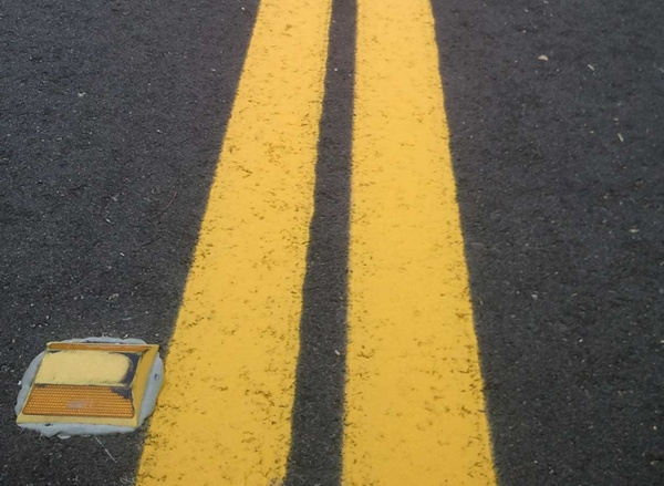 santa-anna-parking-lot-striping-yellow-lines.jpg